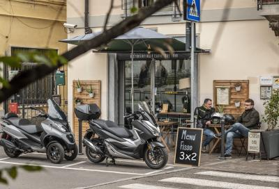 Comparativa scooter honda FORZA 300 vs PIAGGIO MP3 350